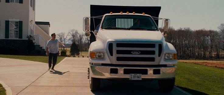 Ford F-650 Super Duty  in EVAN ALMIGHTY (2007) Movie