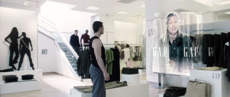 GAP store in MINORITY REPORT (2002) Movie Product Placement