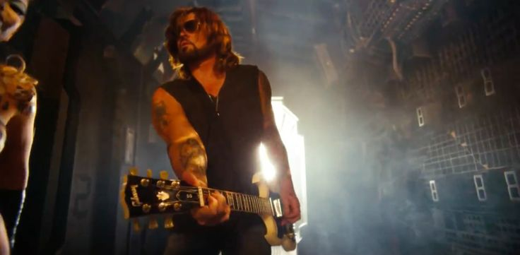 Gibson electric guitar played by Billy Ray Cyrus in ACHY BREAK 2 by Buck 22 (2014) Official Music Video Product Placement