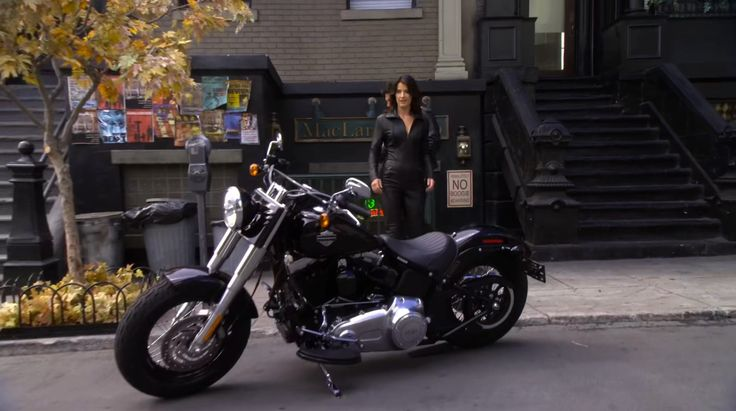 Harley-Davidson Softail Slim motorcycle in HOW I MET YOUR MOTHER: WHO WANTS TO BE A GODPARENT? (2012) TV Show Product Placement