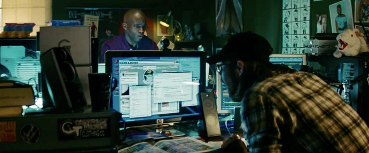 HP Monitor - Transformers: Revenge of the Fallen (2009) Movie Product Placement