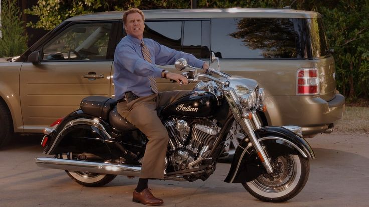 Indian Chief motorcycle in DADDY'S HOME (2015) Movie Product Placement