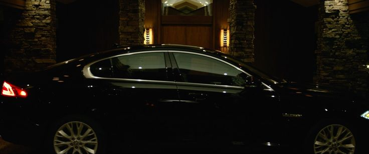 Jaguar XF [X250] car in GONE GIRL (2014) Movie Product Placement