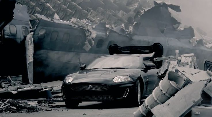 Jaguar XKR [X150] driven by Nicki Minaj in FLY (2011) Official Music Video Product Placement