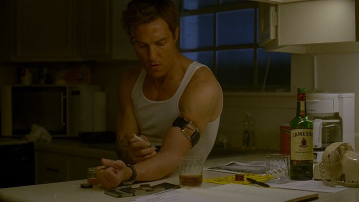 Jameson whisky drunk by Matthew McConaughes in TRUE DETECTIVE: WHO GOES THERE (2014) TV Show
