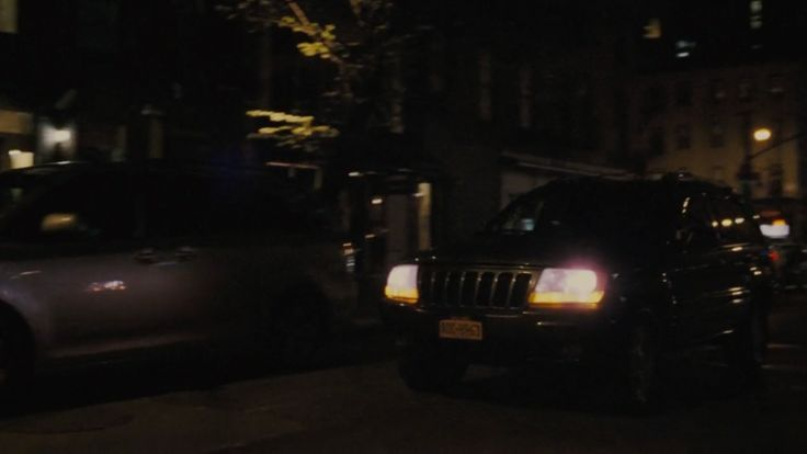 Jeep Grand Cherokee car driven by Nate Parker in ARBITRAGE (2012) Movie Product Placement