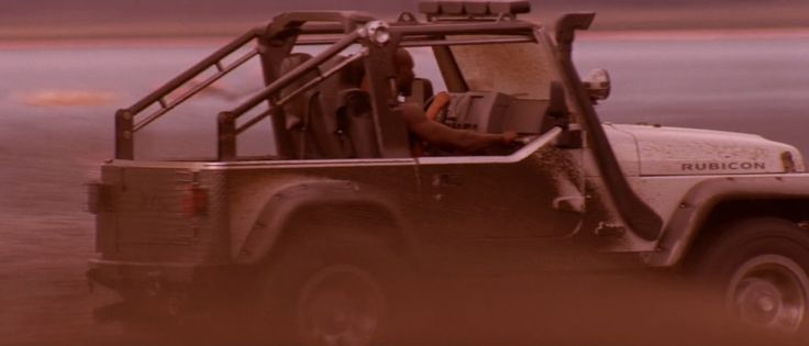 Jeep Wrangler Rubicon SUV in LARA CROFT TOMB RAIDER: THE CRADLE OF LIFE (2003) - Movie Product Placement