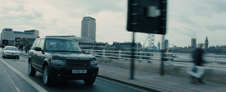 Range Rover - SKYFALL (2012) Movie Product Placement