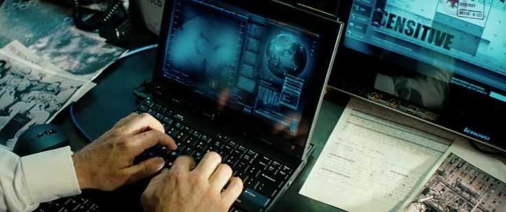 Lenovo X200 Notebook - Transformers: Dark of the Moon (2011) Movie Product Placement