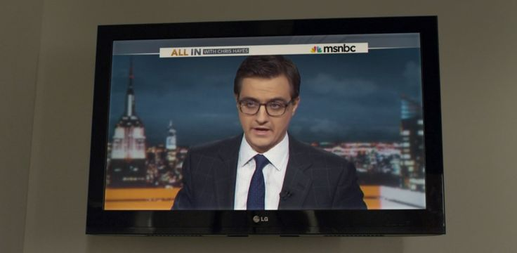 LG TV, MSNBC TV channel and All In With Chris Hayes TV show in HOUSE OF CARDS: CHAPTER 25 (2014) TV Show Product Placement