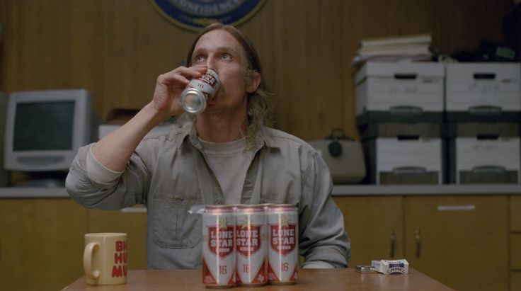 Camel Cigarettes and Lone Star beer drunk by Matthew McConaughey in TRUE DETECTIVE: THE LONG BRIGHT DARK (2014) - TV Show Product Placement