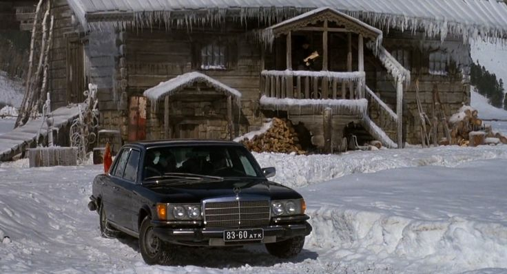 Mercedes-Benz 450 SEL [W116] (1975) car in ROCKY IV (1985) Movie Product Placement