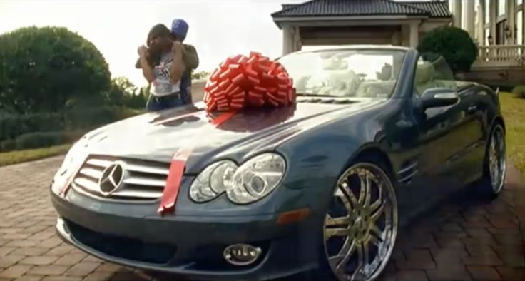 Mercedes-Benz CLK in SHE GOT IT by 2 Pistols (2008) - Official Music Video Product Placement