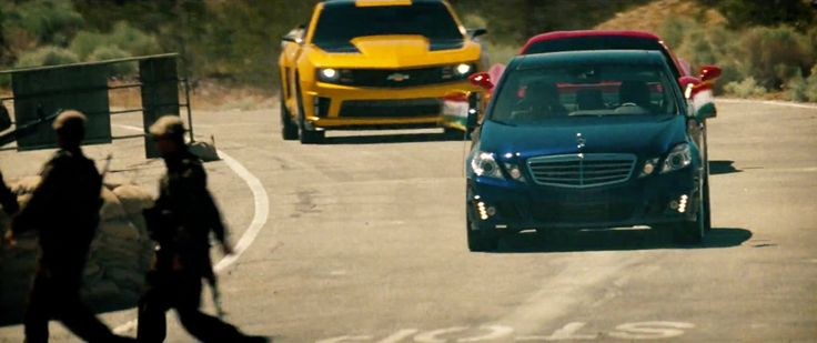Mercedes-Benz E550 - Transformers: Dark of the Moon (2011) Movie Product Placement