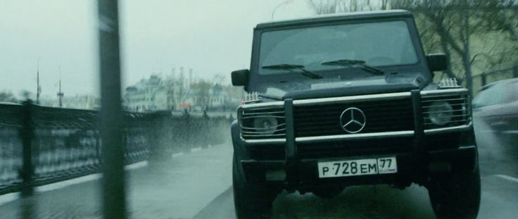 Mercedes-Benz G-Class [W463] SUV Car in THE BOURNE SUPREMACY (2004) Movie Product Placement