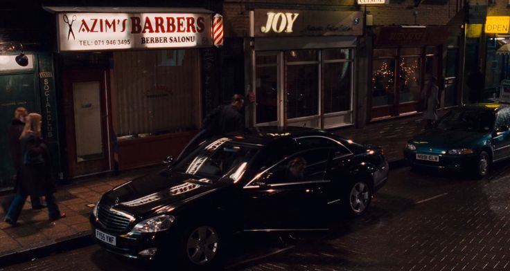 Mercedes-Benz S350 [W221] car in Eastern Promises (2007) Movie Product Placement