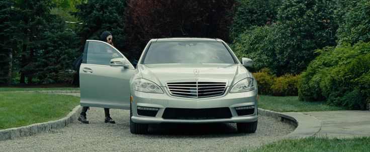 Mercedes-Benz S63 AMG - The Other Woman (2014) Movie Product Placement