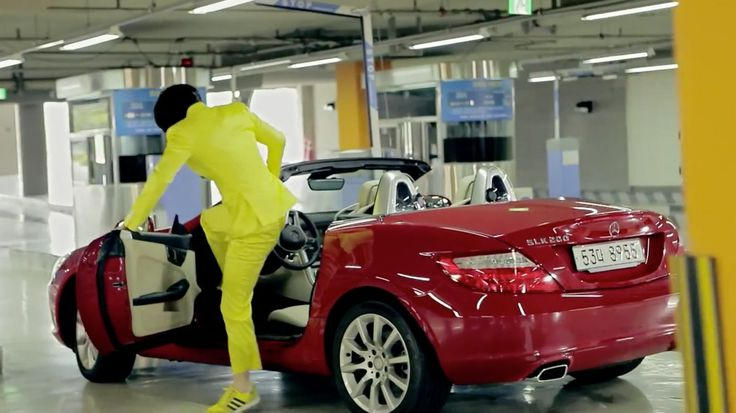 Mercedes-Benz SLK 200 [R172] in GANGNAM STYLE by Psy (2012) Official Music Video Product Placement