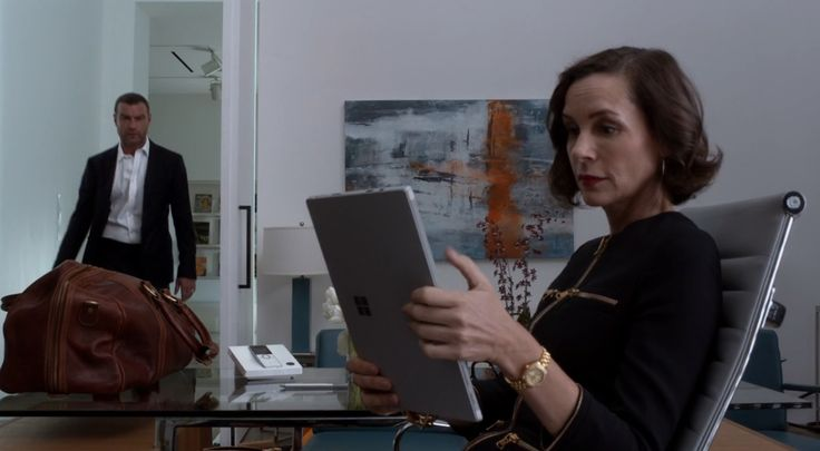 Microsoft tablet used by Embeth Davidtz in RAY DONOVAN: FISH AND BIRD (2016) - TV Show Product Placement