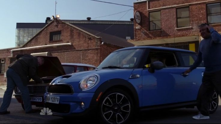 Mini Cooper S car in THE BLACKLIST: MONARCH DOUGLAS BANK (2014) . TV Show Product Placement