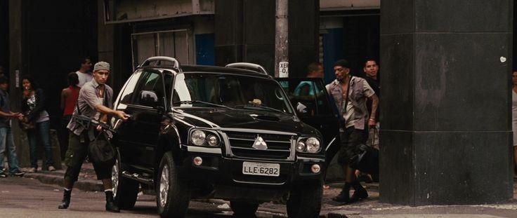 Mitsubishi Pajero Sport SUV in FAST FIVE (2011) - Movie Product Placement