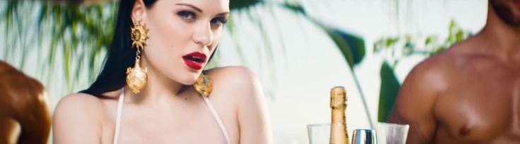 Moët & Chandon champagne in BURNIN' UP by Jessie J (2014) Official Music Video Product Placement