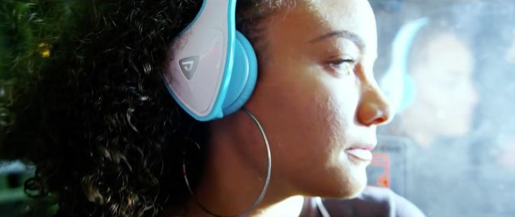 Monster DNA headphones in MIND OF A STONER by Machine Gun Kelly (2014) - Official Music Video Product Placement