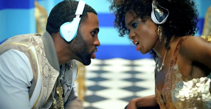 Monster DNA headphones worn by Jason Derulo in TALK DIRTY (2013) - Official Music Video Product Placement
