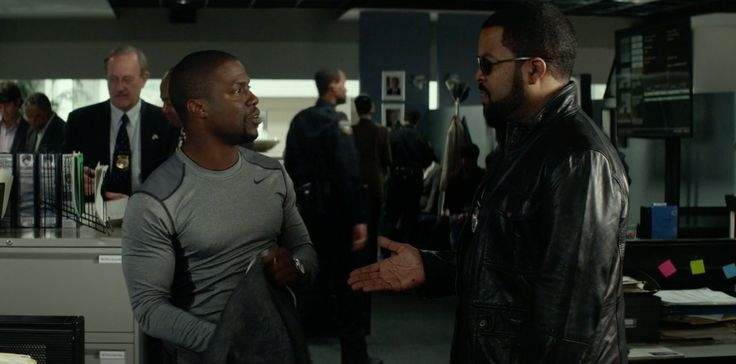 Nike compression top worn by Kevin Hart in RIDE ALONG (2014) Movie Product Placement