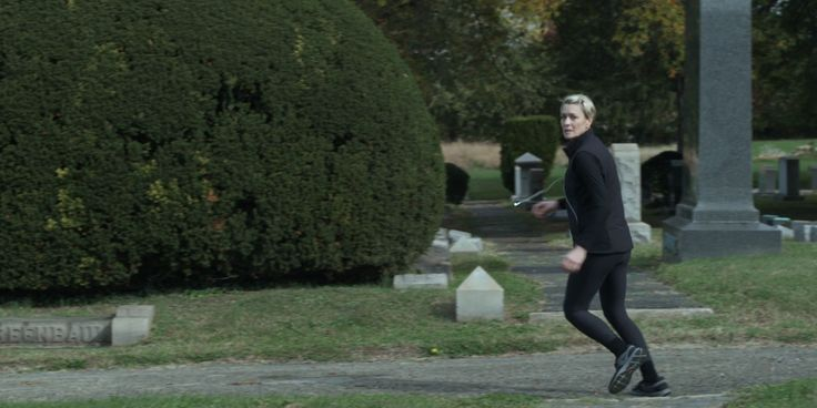 Nike shoes worn by Robin Wright in HOUSE OF CARDS: CHAPTER 3 (2013) - TV Show Product Placement