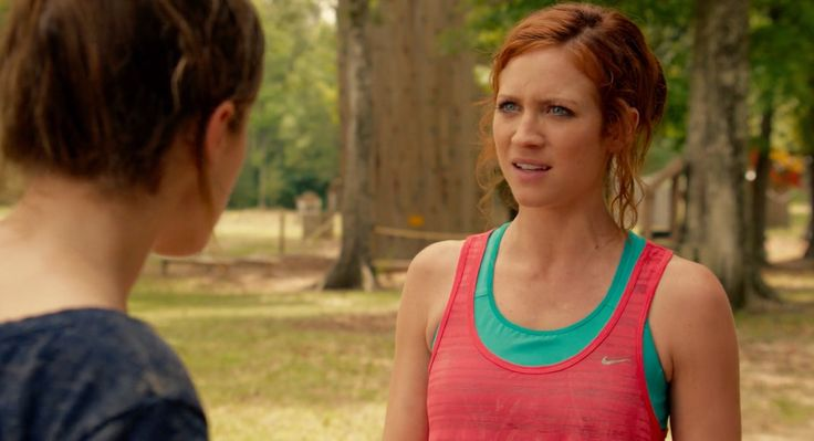 Nike tank top worn by Brittany Snow in PITCH PERFECT 2 (2015) - Movie Product Placement