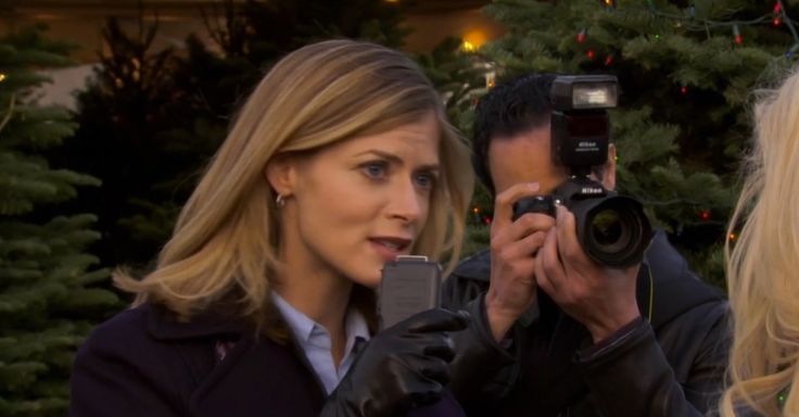 Nikon camera in PARKS AND RECREATION: CHRISTMAS SCANDAL (2009) TV Show Product Placement