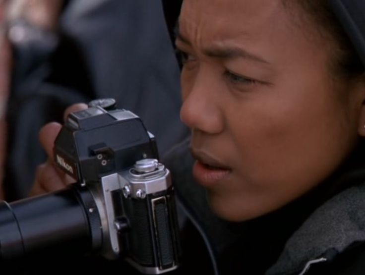Nikon camera - THE WIRE: THE DETAIL (2002) TV Show Product Placement