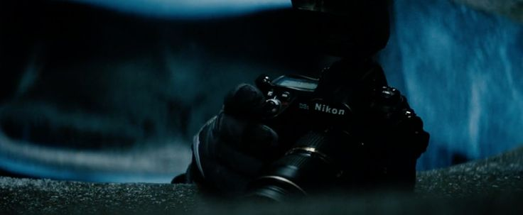 Nikon camera - MAN OF STEEL (2013) Movie Product Placement