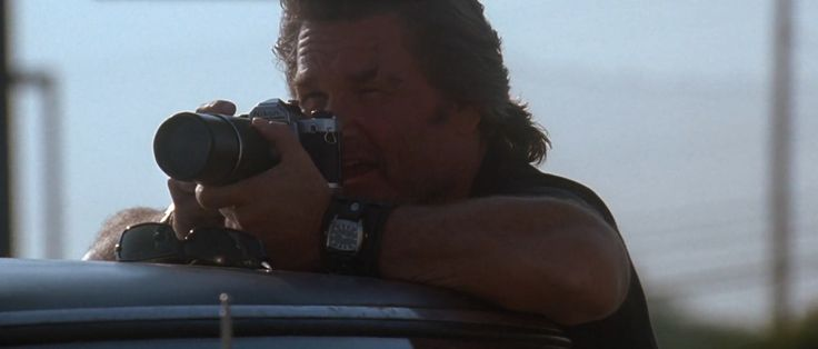 Nikon FM camera - DEATH PROOF (2007) Movie Product Placement