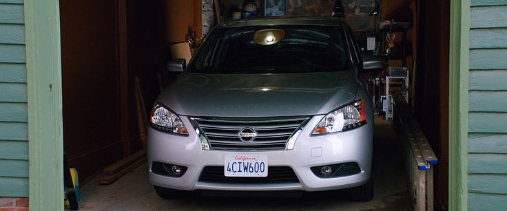 Nissan Sentra (2013) car in VACATION (2015) Movie Product Placement
