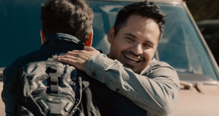 Oakley bag worn by Paul Rudd in ANT-MAN (2015) Movie Product Placement