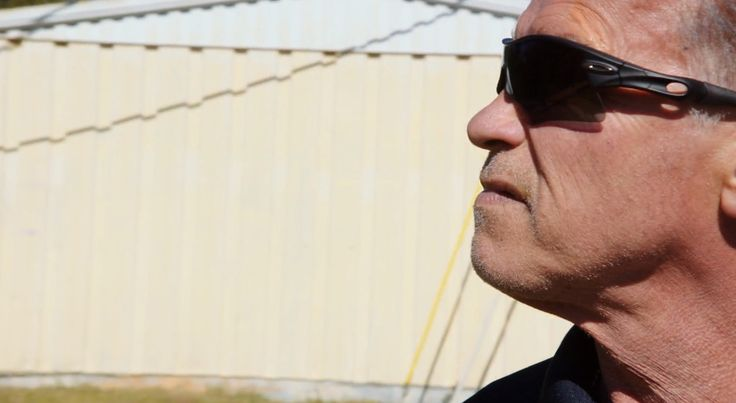 Oakley sunglasses worn by Arnold Schwarzenegger in SABOTAGE (2014) Movie Product Placement