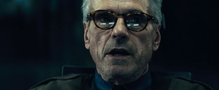 Old Focals Eyeglasses - Batman v Superman: Dawn of Justice (2016) Movie Product Placement