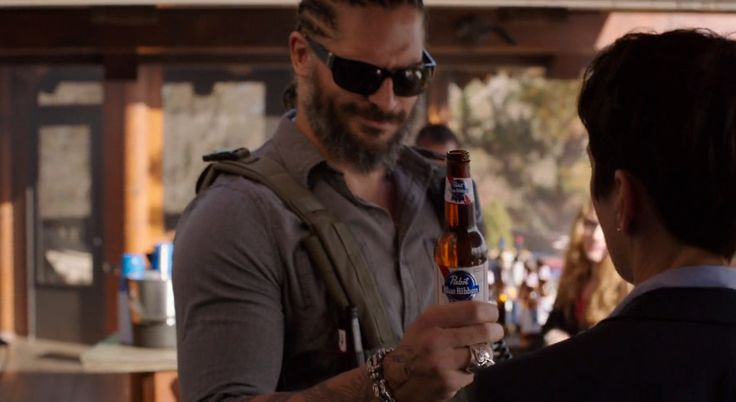 Pabst Blue Ribbon beer in SABOTAGE (2014) Movie Product Placement