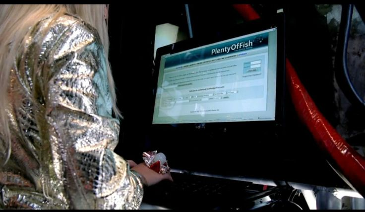 PlentyofFish website on a Sony computer used by Britney Spears in HOLD IT AGAINST (2011) - Official Music Video Product Placement