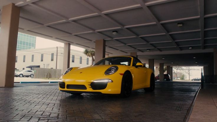 Porsche 911 Carrera Cabrio [991] driven by Kevin Hart in GRUDGE MATCH (2013) Movie Product Placement