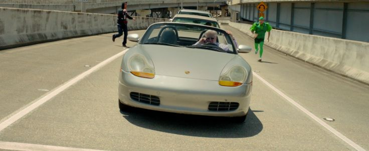Porsche Boxster [986] (1997) in 21 JUMP STREET (2012) Movie Product Placement