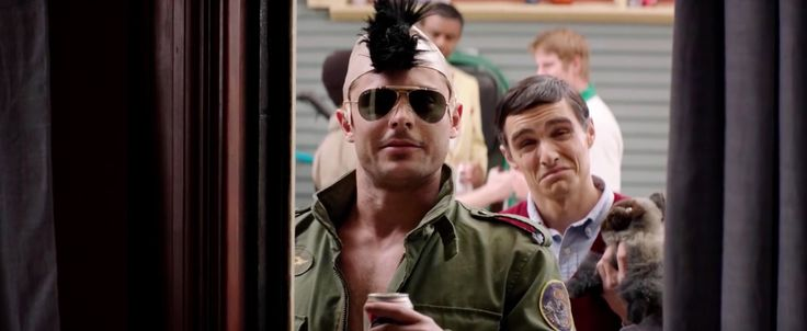 Ray-Ban 3029 Outdoorsman II sunglasses worn by Zac Efron in NEIGHBORS (2014) - Movie Product Placement