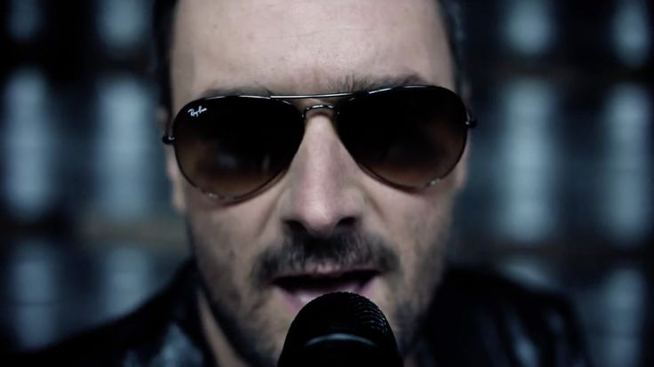 Ray-Ban aviator sunglasses worn by Eric Church in COLD ONE (2014) Official Music Video Product Placement
