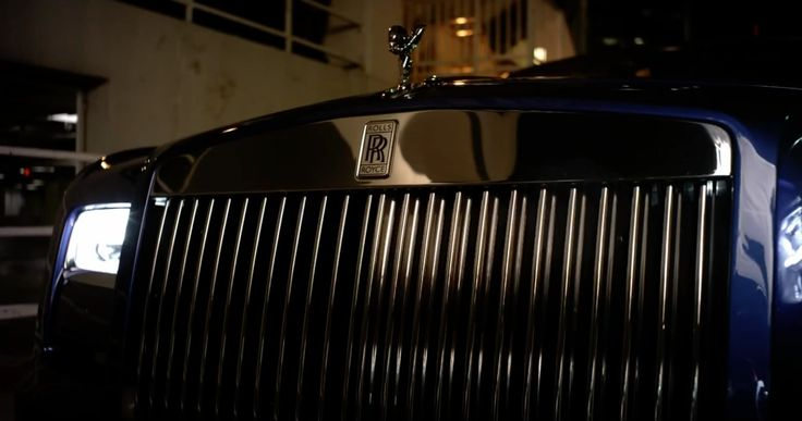 Rolls-Royce Phantom Drophead Coupé in A LITTLE PARTY NEVER KILLED NOBODY by Fergie (2013) Official Music Video Product Placement