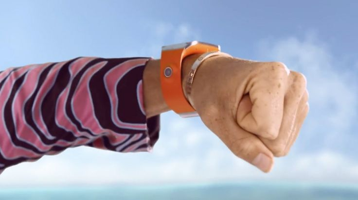 Samsung Galaxy Gear Smartwatch - Redfoo - Let's Get Ridiculous Official Music Video Product Placement