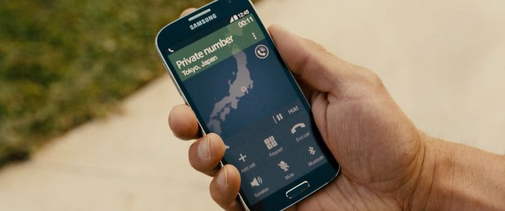 Samsung galaxy mobile phone used by Vin Diesel in FURIOUS 7 (2015) Movie Product Placement