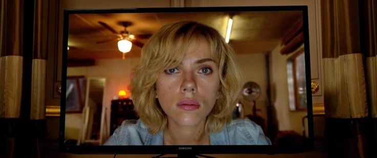 Samsung TV in LUCY (2014) Movie Product Placement