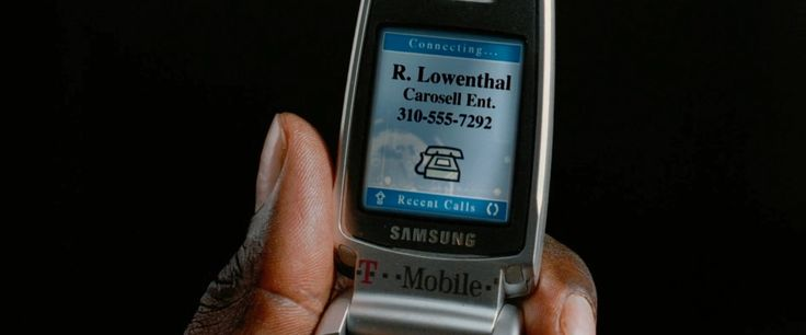 Samsung x T-Mobile mobile phone in BE COOL (2005) - Movie Product Placement